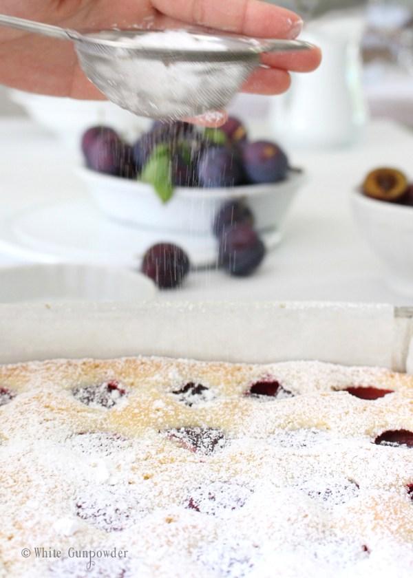 Plums Cake