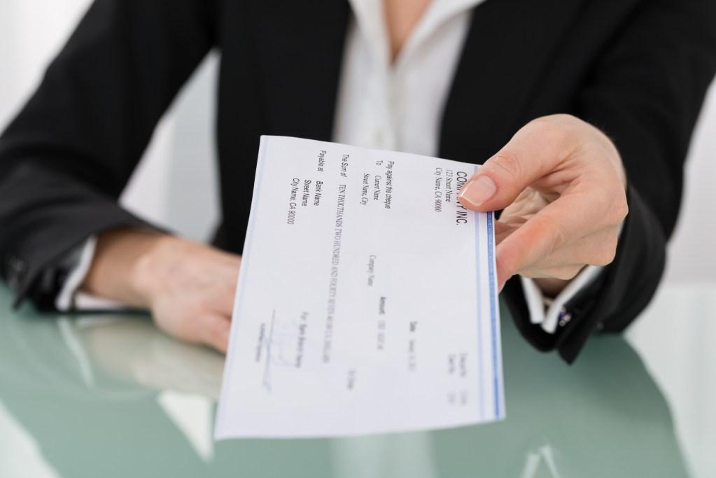 paystub violations california employee