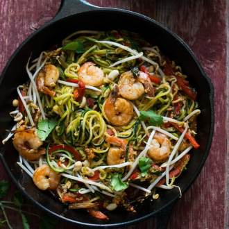 Zucchini noodle pad thai recipe from @whiteonrice on whiteonricecouple.com
