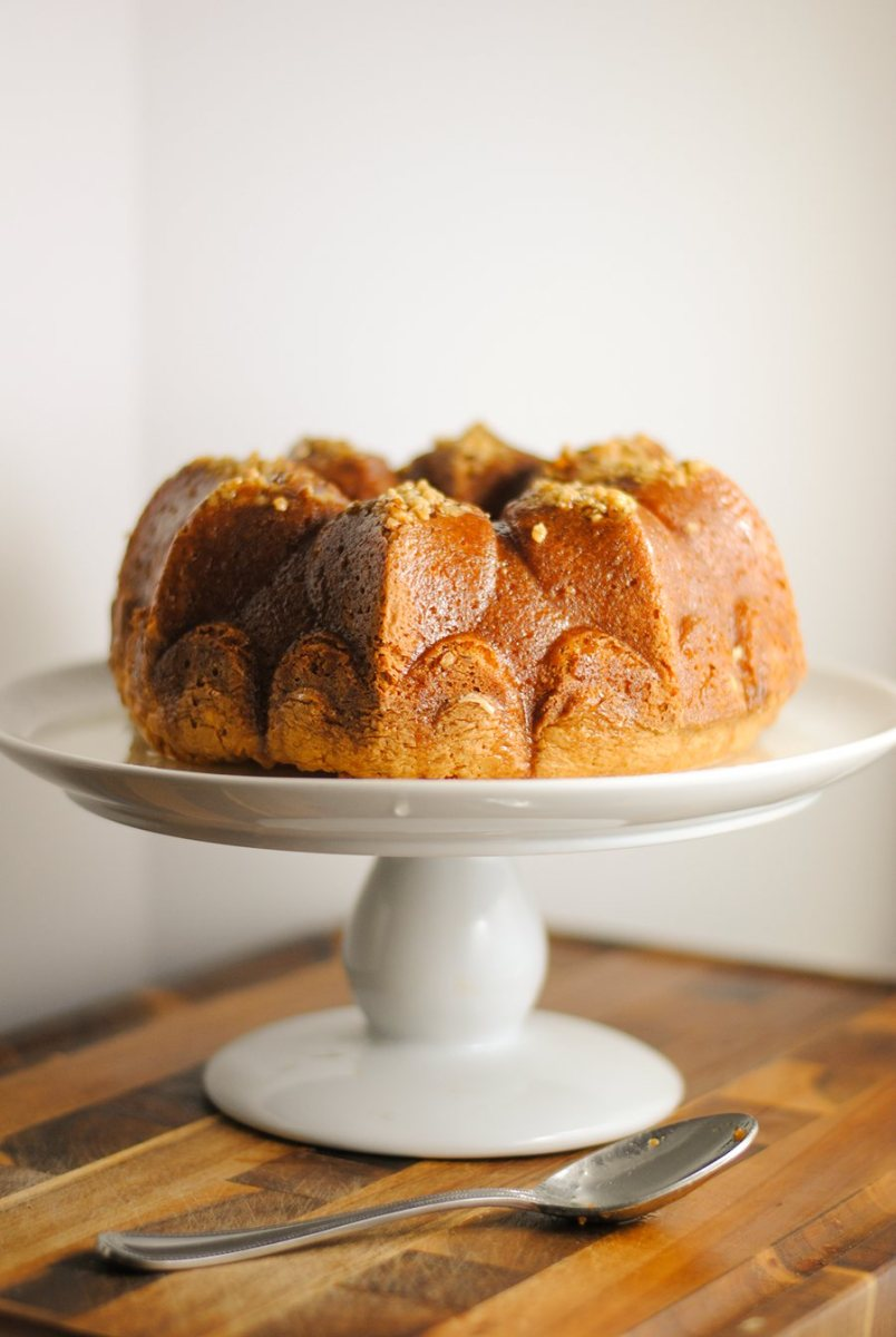 Quick and easy rum cake