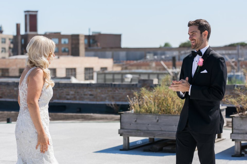Couple has a first look on the rooftop of Room 1520