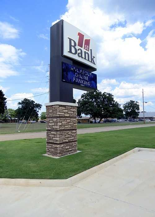 Pylon sign with electronic message center. New Boston, TX
