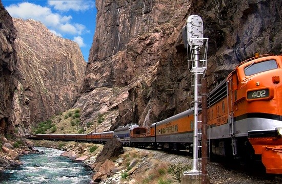 Family vacation ideas in Colorado: The Royal Gorge Route Railroad.