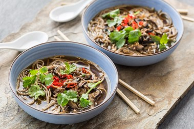 GLUNS_Spicy Mushroom Soba Noodle Soup_sized