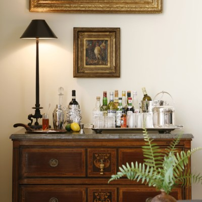 Party Central – Setting up a Bar at Home