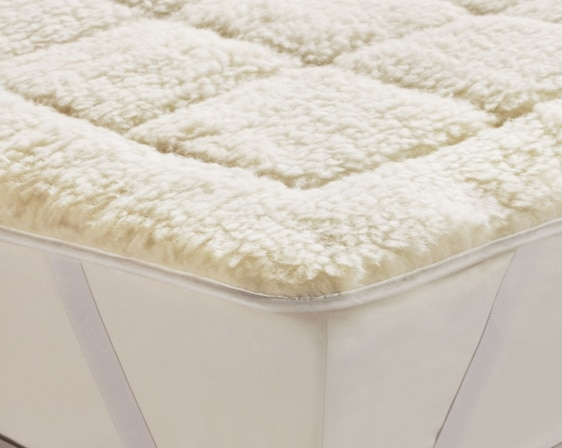The Wool Used In Mattress Toppers Will Usually Come From Lambs But A Few Manufacturers Offer Alpaca Sourced Versions Lamb S