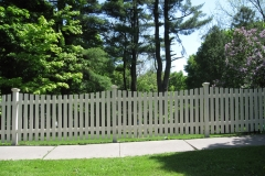 Flat-Top Picket Fence