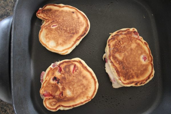 Fresh Strawberry Pancake Recipe