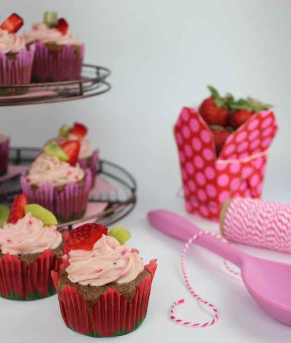 Fresh Fruit Cupcakes