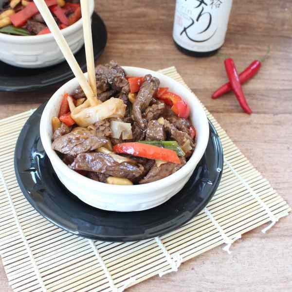 Kung Pao Beef and Noodle Bowl