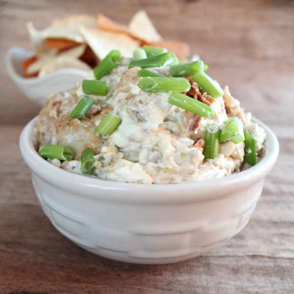 Cheesy Pulled Pork Dip