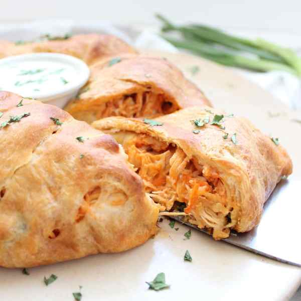 Buffalo Chicken Taco Ring
