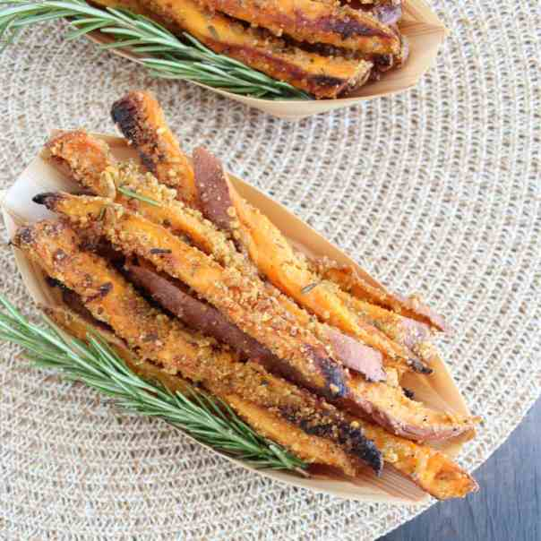 Crispy Rosemary Parmesan Sweet Potato Fries