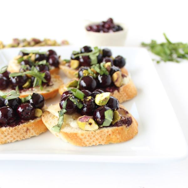 Blueberry Goat Cheese Pistachio Crostini