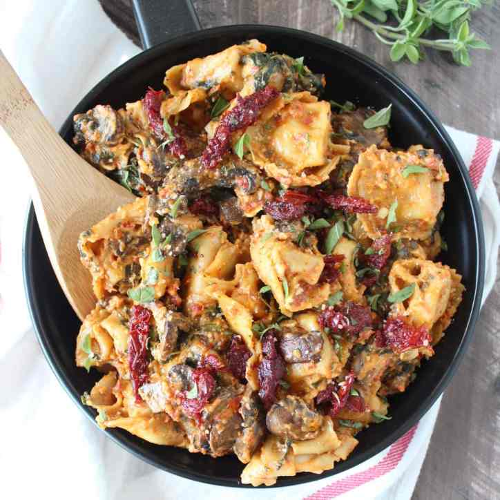 One Pot Mushroom Spinach Sun Dried Tomato Pesto Tortellini