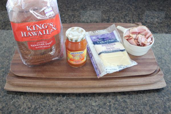 Apricot Ham and Cheese Sandwich Ingredients