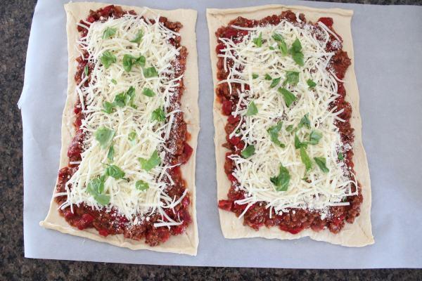 Sloppy Joe Pizza Rolls Recipe