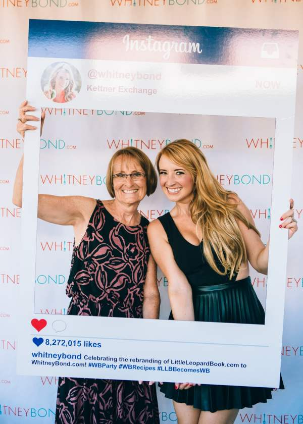 Whitney Bond with Mom at the WhitneyBond.com Party