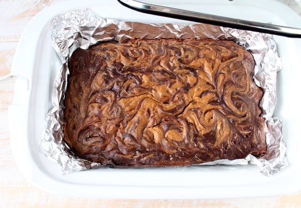 pumpkin_cheesecake_crock_pot_brownies_8