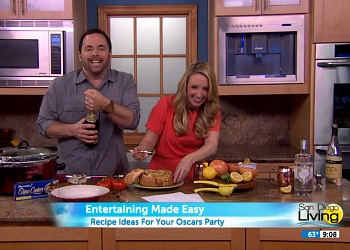 Food blogger Whitney Bond hosts a segment on San Diego 6 News, all about easy entertaining for an Oscar party, sharing recipes for food and drinks to serve at your event!