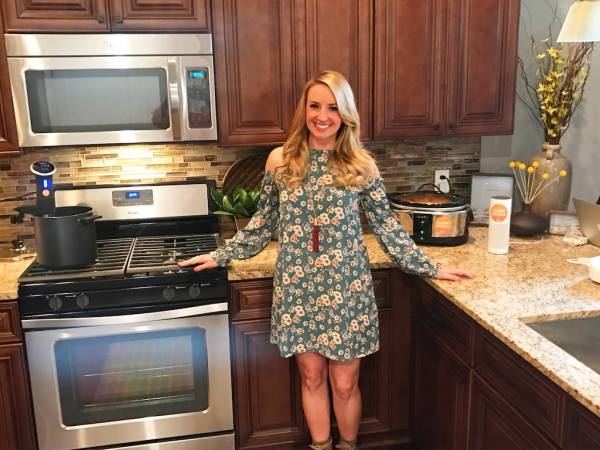Whitney Bond hosts the Cox Smart Home event in Gainesville, Florida, showing how to use WiFi devices in the kitchen!
