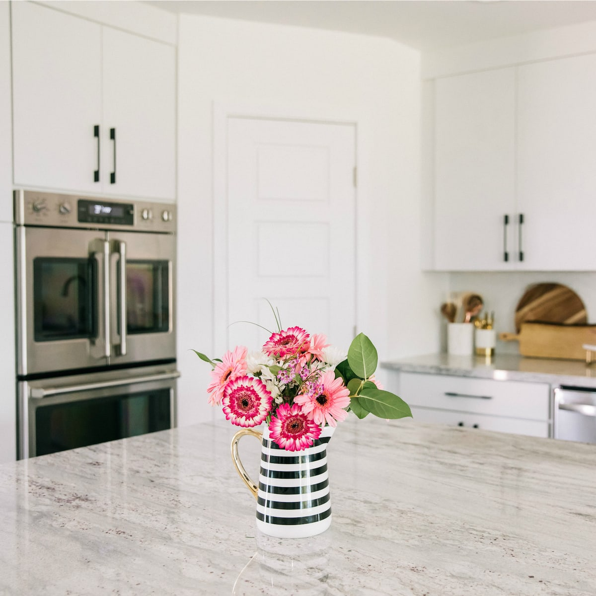 Kitchen Remodel Reveal: Before & After