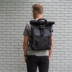 Top 10 Essential Things to Buy for a Beginning Photographer WANDRD backpack