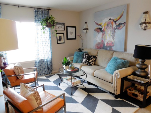 living room tour via whitneyjdecor.com