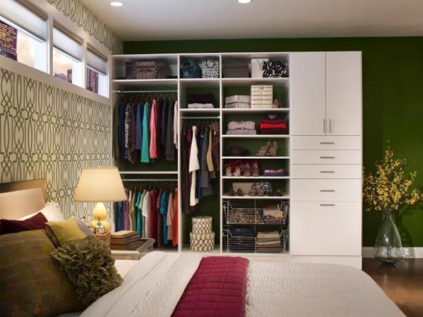 CI-Closet-Maid_master-suite-white-loft_s4x3.jpg.rend.hgtvcom.616.462
