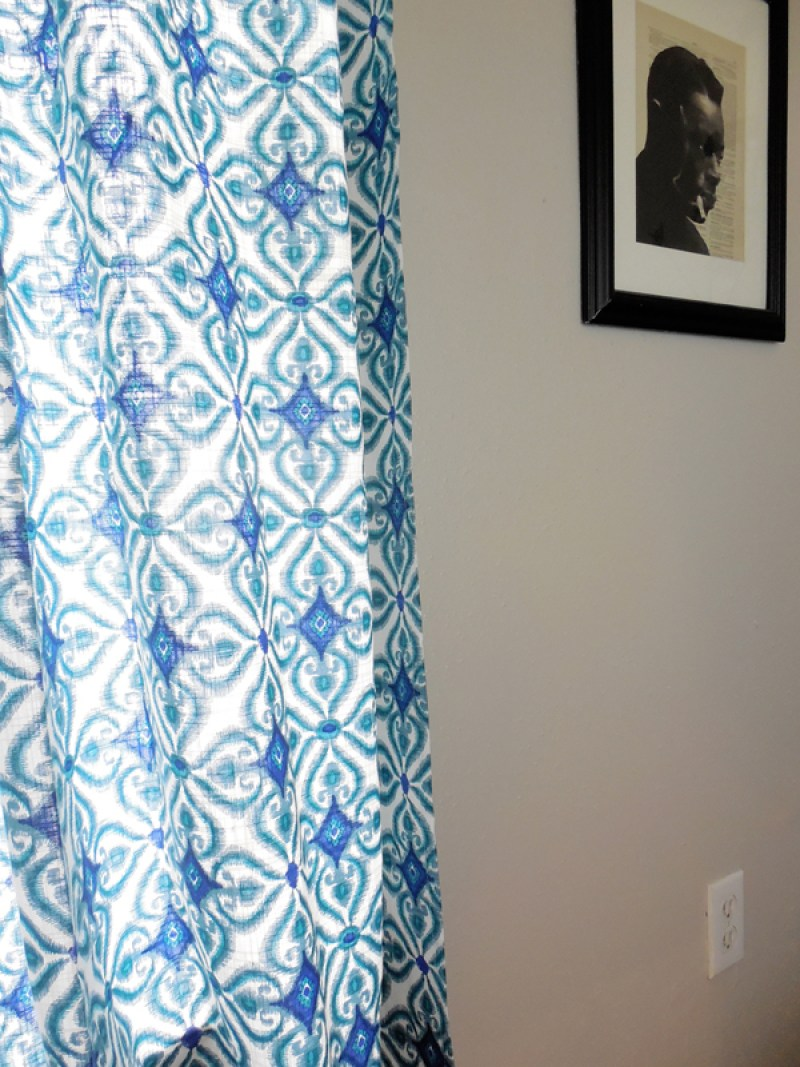 blue living room curtains via whitneyjdecor.com