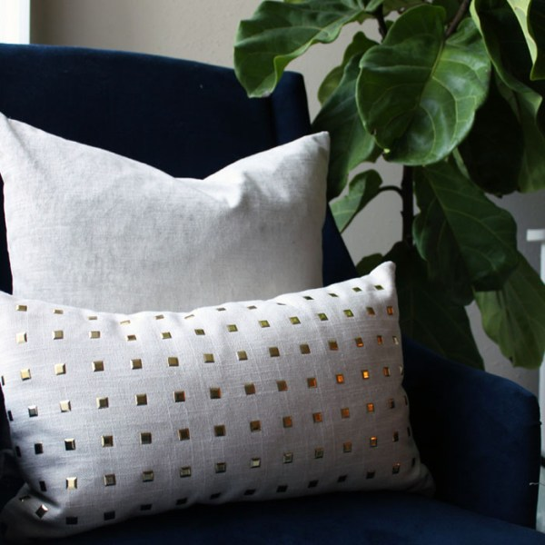 gray velvet pillow   home decor   glamorous decor   velvet decor