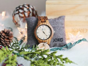 wood watches Jord wood watch | gift ideas for the friend who loves all things wooden | wooden gifts | wooden home decor | wood home decor | wooden fashion | wood fashion gifts