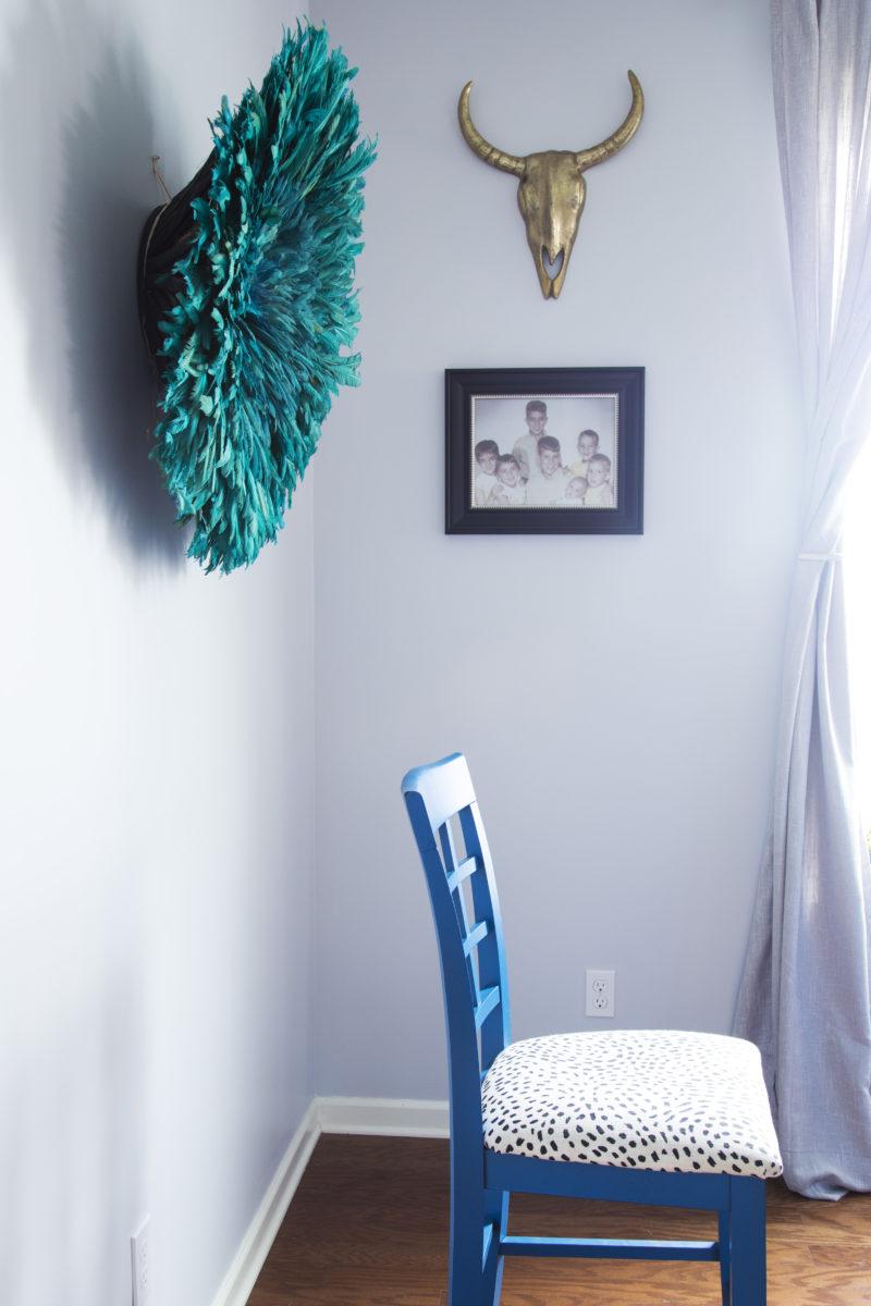 Britt Smith Photography | teal juju hat | blue juju hat | blue chairs | gray walls