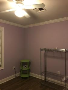 boring before photo | one room challenge week 1 | bold colorful guest bathroom | whitney J Decor | nola decorator | new orleans interior design | new orleans decorator | nola interior designer | nola homes | new orleans homes |