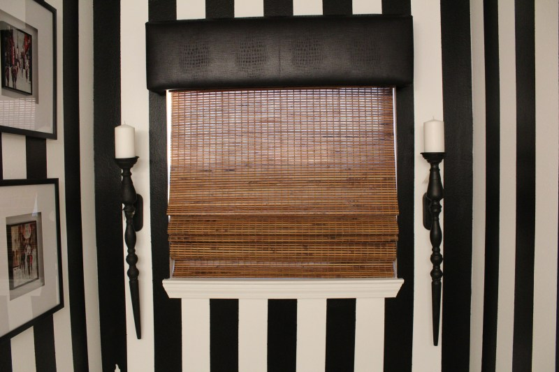21 reasons why you need to hire an interior designer | black and white bathroom | black and white stripes | whitney j decor | new orleans homes | nola decor | black and white master bathroom | new orleans interior designer | new orleans decorator | new orleans blogger | nola interior designer | nola decorator | nola blogger