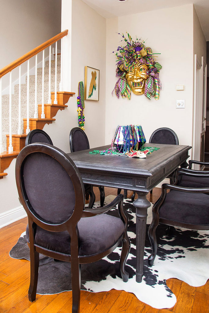 mardi gras dining room