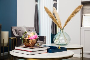 accessorizing a coffee table | new orleans decorating workshop