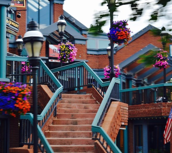 Breckenridge main street shops and cute areas for coffee and dining.