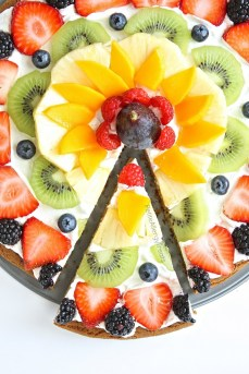 Fruit-Pizza-9-768x1152