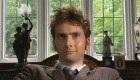 sneaky-tennant-look-the-unicorn-and-the-wasp-doctor-who-back-when