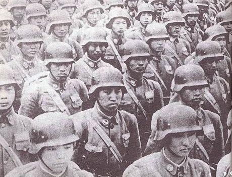 二戰時德製裝備的國民革命軍。