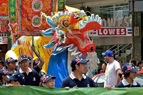 誰是華人?工作現場的國家認同和策略互動
