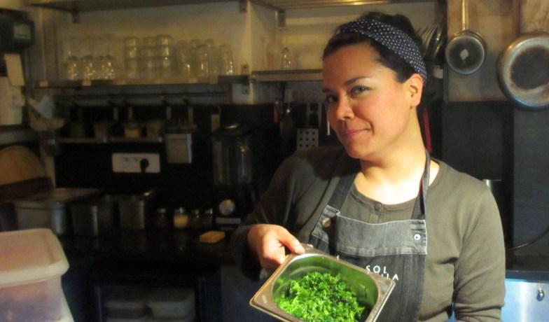 Violaine Bergoin, cuisinière - (click to enlarge ..)