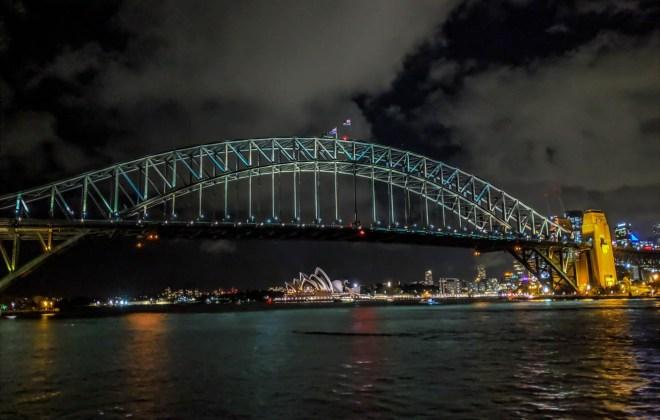 Sydney Harbour Bridge and Opera House shot on Google Pixel 3 XL