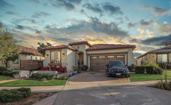 161 Tradition Ct, Calimesa | home for sale listed by Thomas Jackson