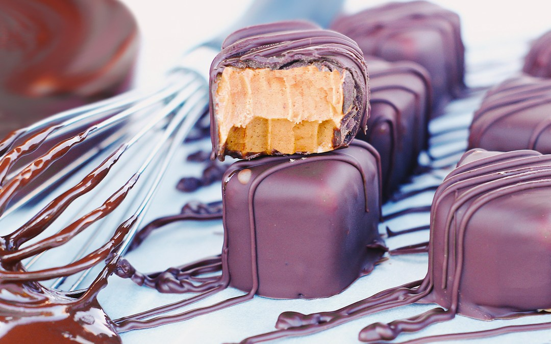 4-Ingredient Peanut Butter Cup Fudge