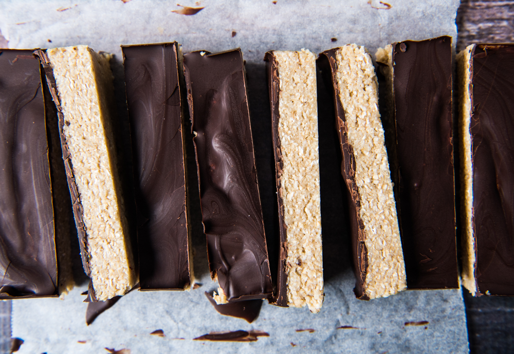 quick and easy choc topped vanilla bars