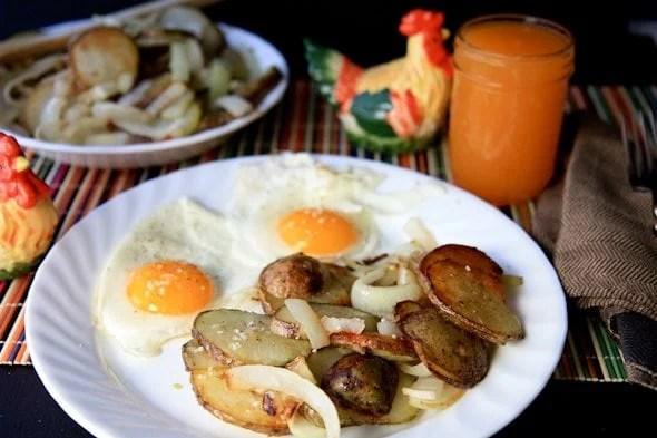 Bratkartoffeln German Fried Potatoes And Onions Wholefully