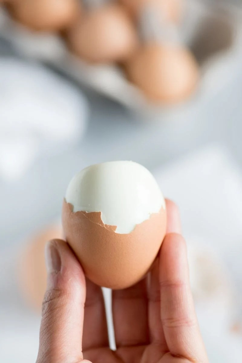 Easy-to-Peel Hard Boiled Eggs - Complete