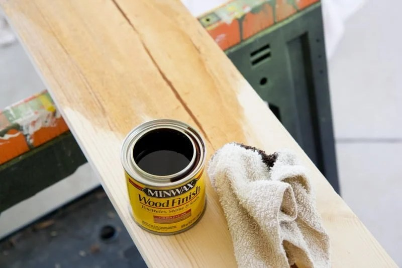 stain board